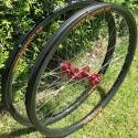 "Unique – no external spoke holes. Hookless 37 mm wide rims 27.5"" (ISO 584 mm/650B) wheelset"